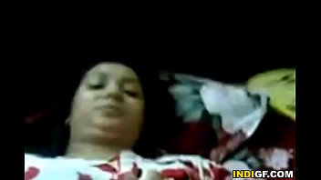 Китаянка в радужной повязке лобызает фаллос и сосет попка мужику