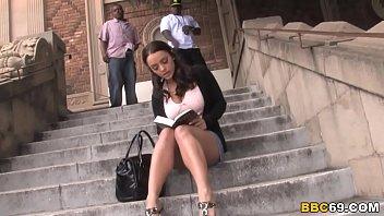 Женщины с толстый натуральной грудью в порева клипы делают пазури